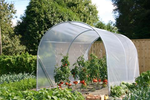 Comment choisir sa serre de jardin ? Crysland, fabricant de ...